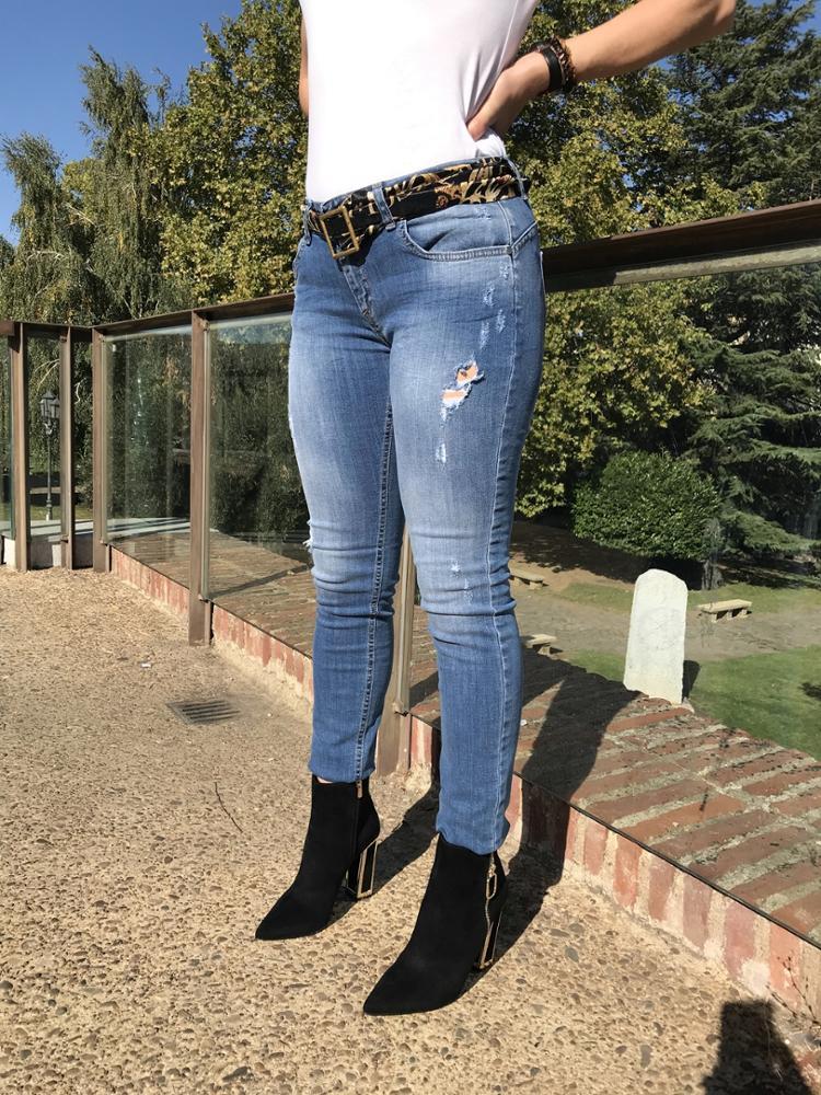 Novedad Jeans cinto fibbia