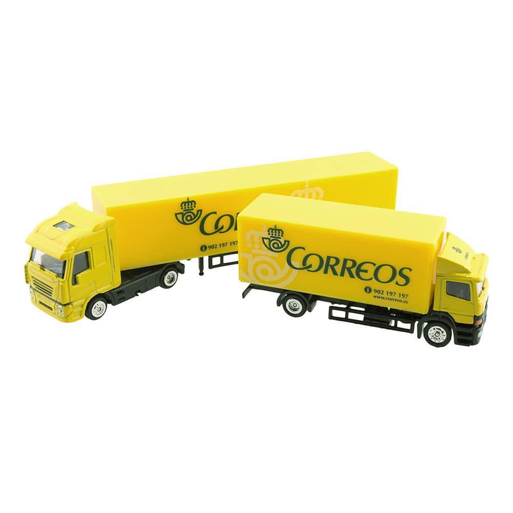Camion pequeño tráiler Correos