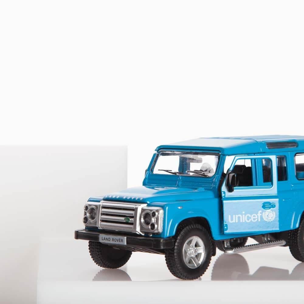 Coche Land Rover Defender ® UNICEF