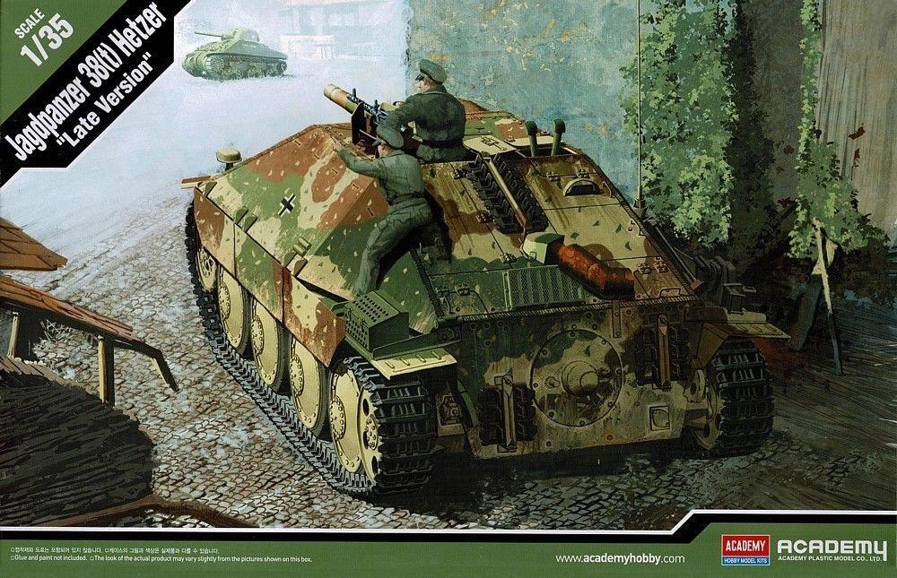 ACADEMY 13230 German Jagdpanzer 38(t) 'Hetzer' (Late)