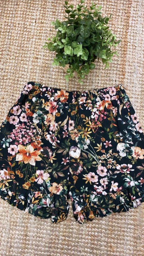 Pantalón Corto Flores Negro